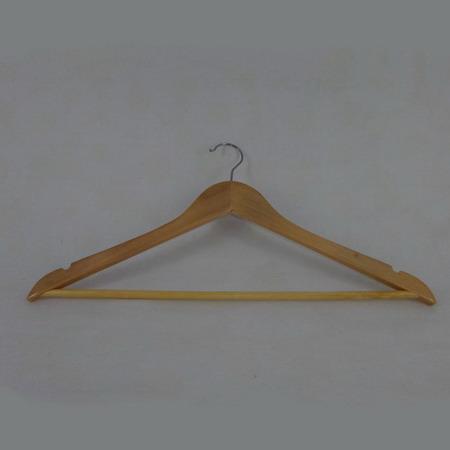 Вешалка деревянная для верхней одежды