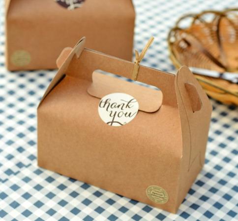 Коробки для подарков 16,4*9,2*10 см