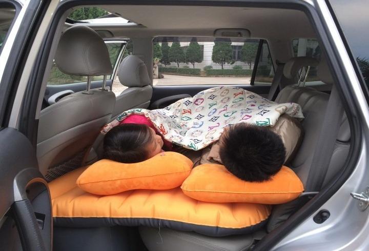 Автомобильная надувная кровать для путешествий