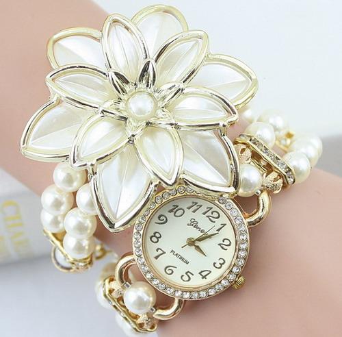 Часы кварцевые цветок  арт 4