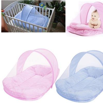 Детская кроватка с москитной сеткой