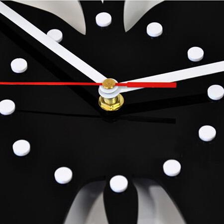 Настенные часы T5424 бабочки