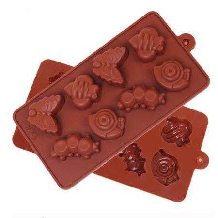 Формочки для шоколада: улитка, гусеница