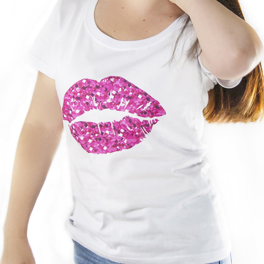 Футболка женская с принтом розовые губы